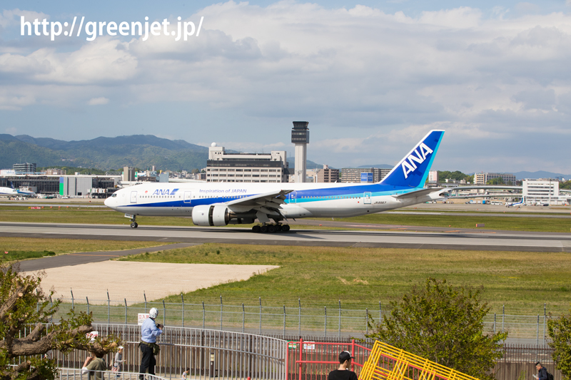 ANA ボーイング 777-281