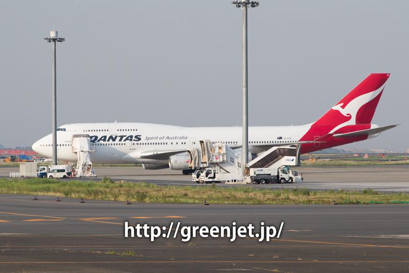 カンタス航空のボーイング747-438