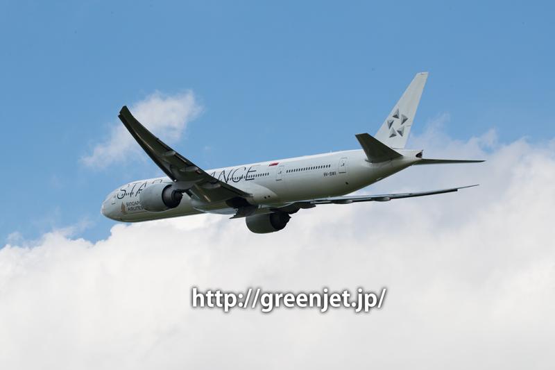 成田 さくらの山 シンガポール航空 ボーイング 777-312/ER