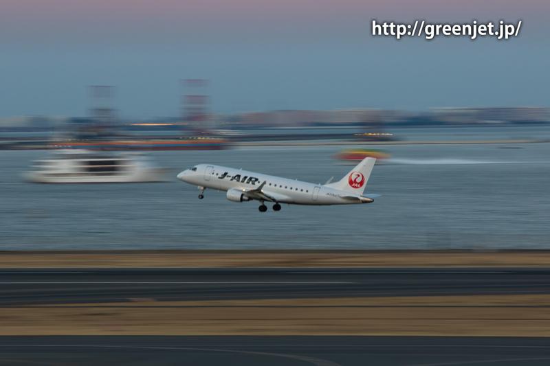 ジェイ・エア エンブラエル ERJ-170-100