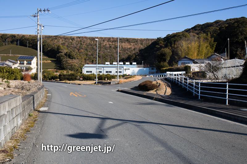富士山静岡空港滑走路東側南展望台の入口