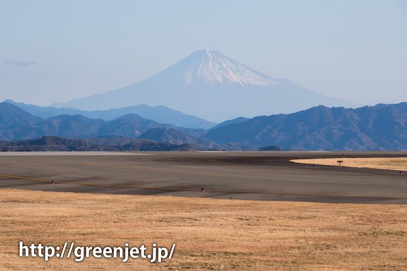 富士山静岡空港展望広場から眺める富士山