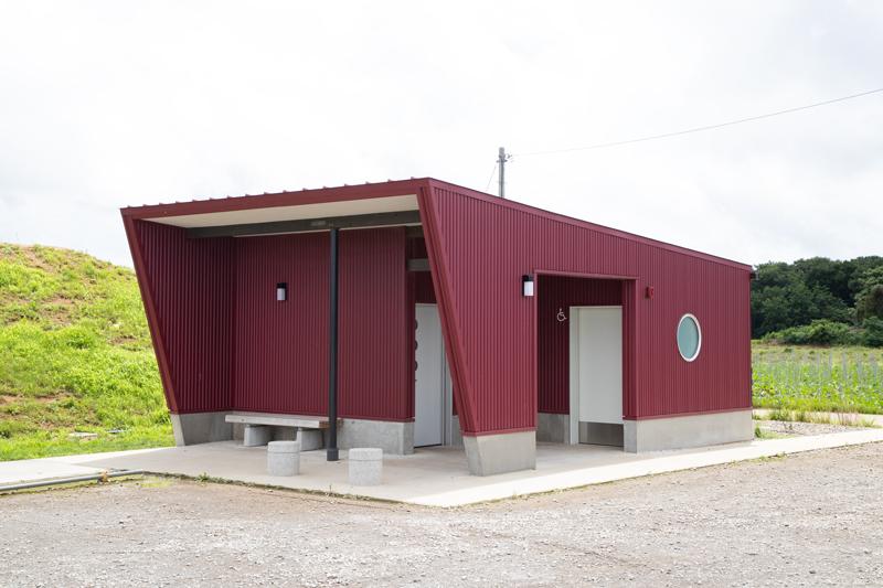 ひこうきの丘のトイレ