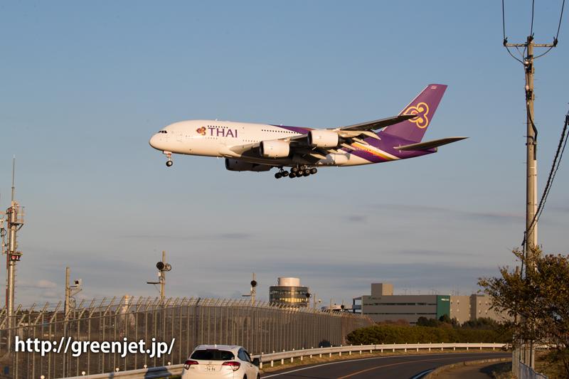 成田の畑ポイントにて撮影・タイ国際航空のエアバスA380