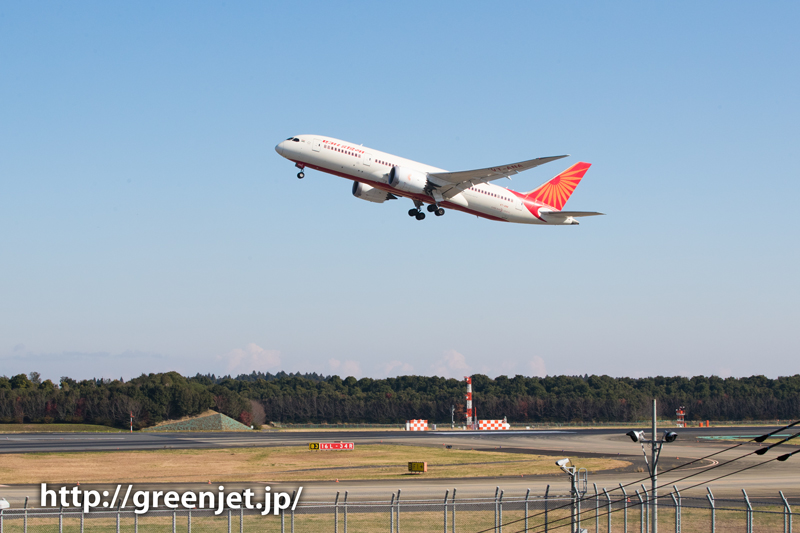 【成田の飛行機撮影スポット】十余三東雲の丘@エア・インディアのB787
