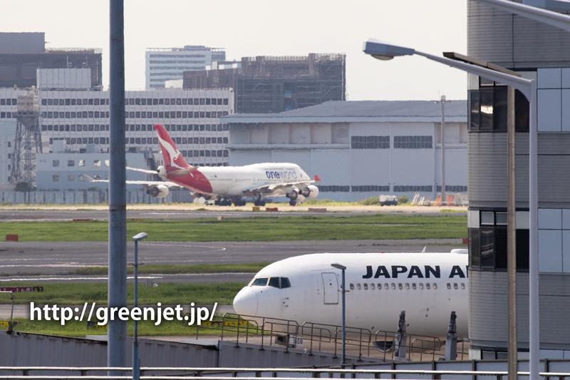 カンタスのジャンボ@羽田空港第二ターミナル駐車場