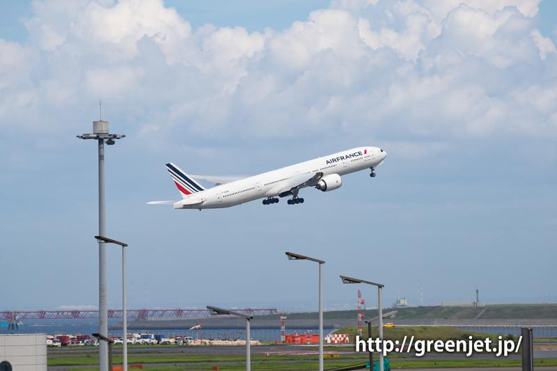 エールフランスのB777@羽田空港第一ターミナル駐車場