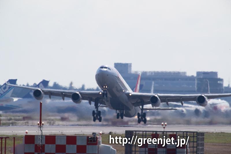 SWISSのエアバスA340の迫力の離陸!
