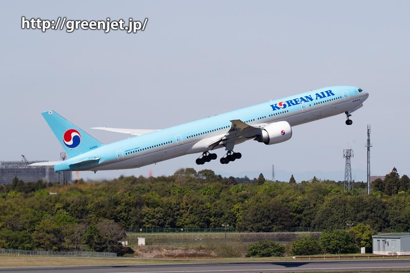 大韓航空のB777~成田の第一ターミナルから意外にも。。
