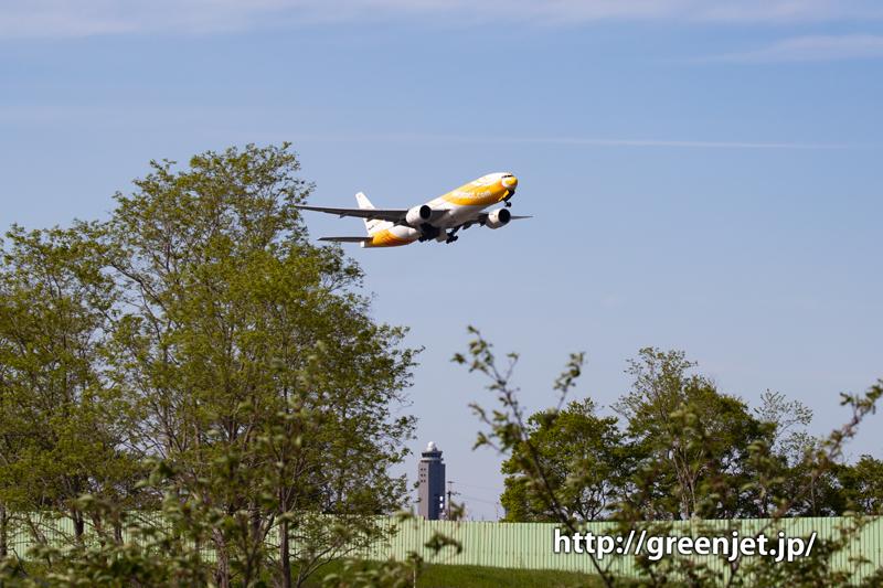 ノックスクートのB777の離陸をさくらの丘で捉える!