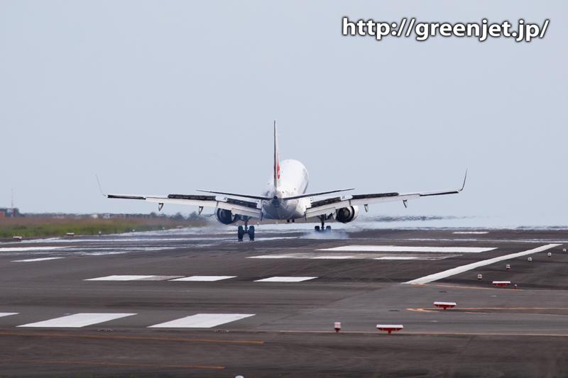 JALのB737を至近距離で捉える~宮崎