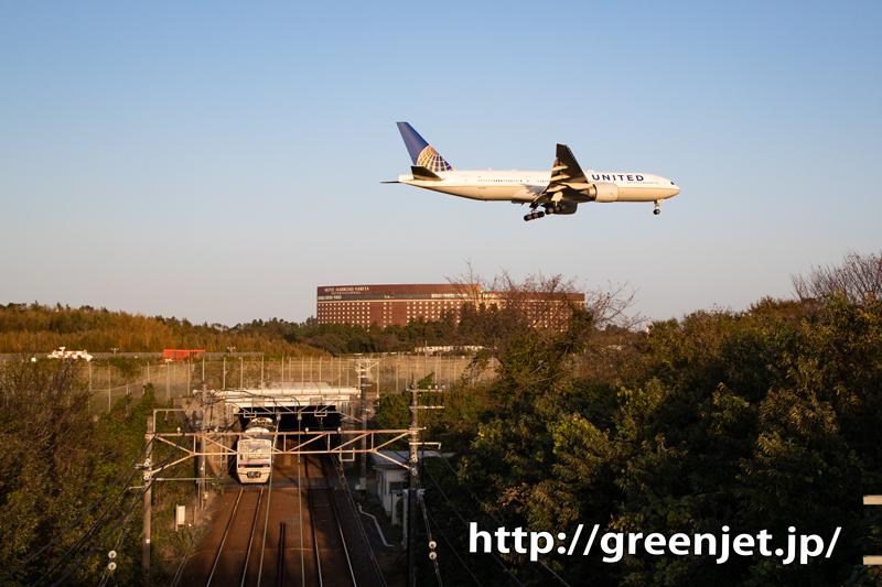 遂に撮った!飛行機と京成線のコラボ~成田
