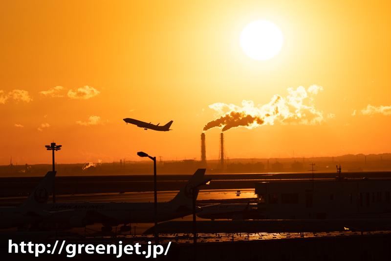 朝焼け@飛行機と羽田から眺める美しい風景