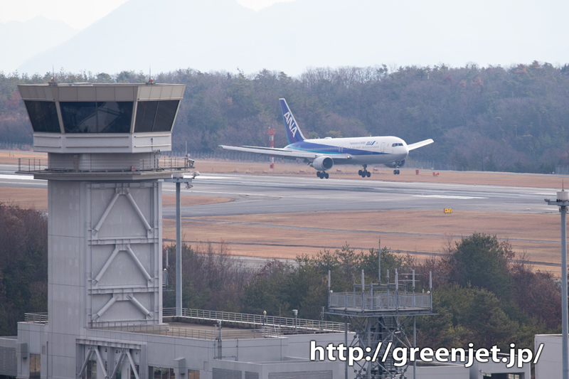 【広島の飛行機撮影ポイント】ターミナルビル西側展望広場