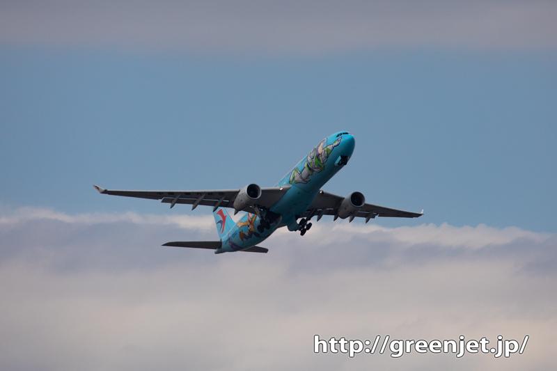 トイ・ストーリーペイントの飛行機@成田