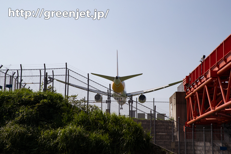 飛行機~スクートB787にメッチャ迫る!
