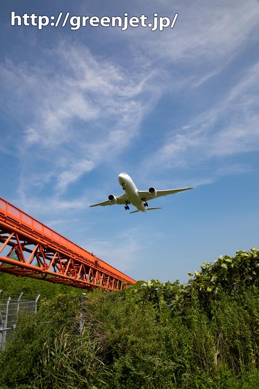 飛行機が近づいてくるこの緊張感が好き