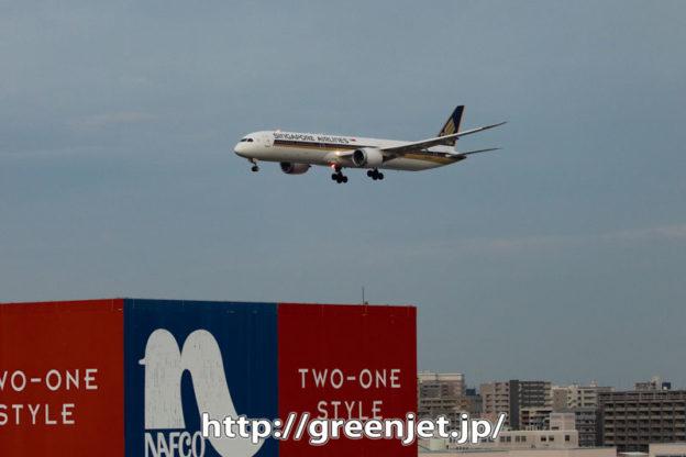 飛行機@福岡~シンガポールB787-10