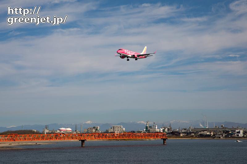 【新潟の飛行機撮影ポイント】阿賀野川河口