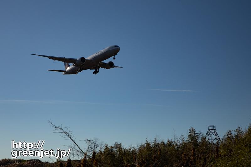 成田で飛行機~岩山の大鉄塔を入れて