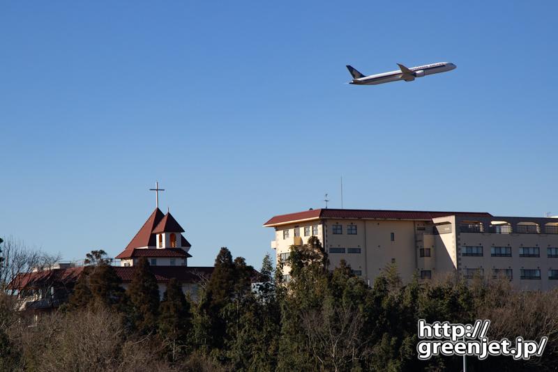 成田で飛行機~教会とシンガポールB787