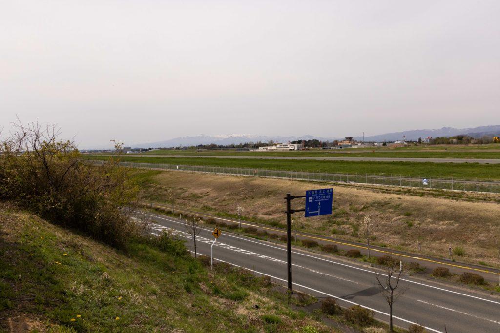 【花巻の飛行機撮影ポイント】滑走路東側展望台