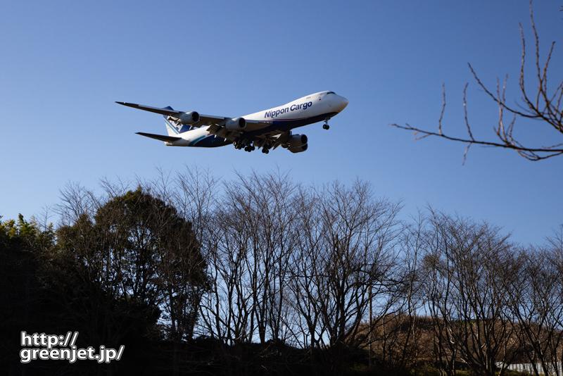 成田で飛行機~国産ジャンボが上空を飛ぶ