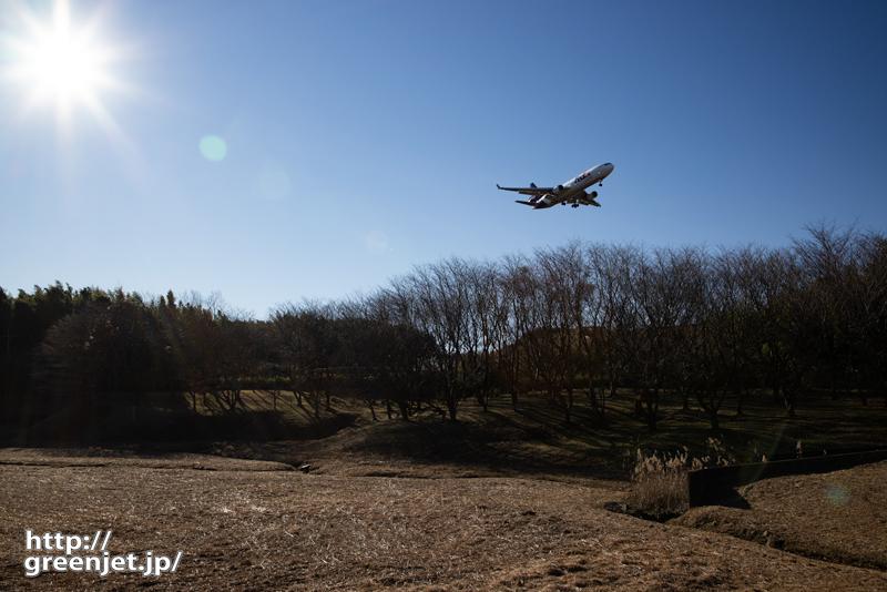 成田で飛行機~3発機が降りてくるドラマ